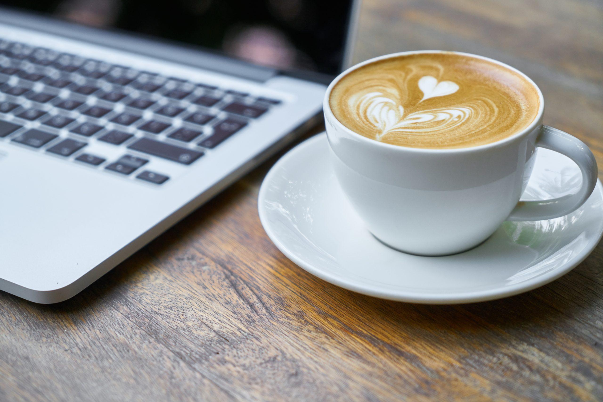 Závislosť na kofeíne a jeho účinky